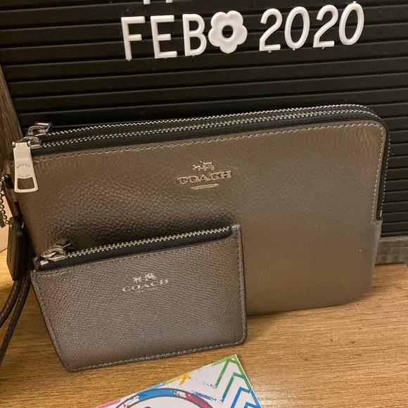 Coach wristlet & cardholder bundle